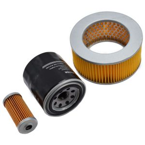 Filtersatz Yanmar YM1100, YM1110, YM1300 Yanmar YM: YM1100 YM1110 YM1300 Set-Inhalt: 1x Kraftstofffilter 1x Ölfilter 1x Luftfilter